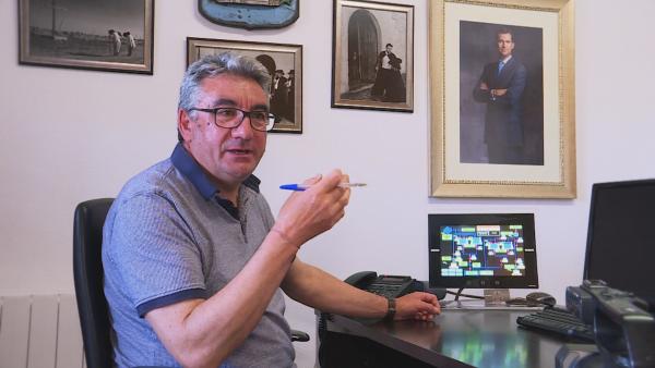 Как бивш тореадор и кмет на испанско село намали двойно сметките за ток