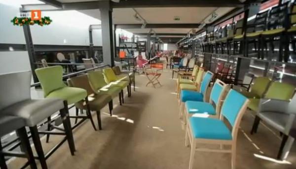 Футболни звезди дадоха нов живот на фабрика за столове в Португалия