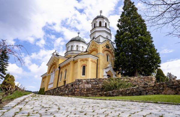 Възроденият Кремиковски манастир: Хармония между духовност, красота и природа