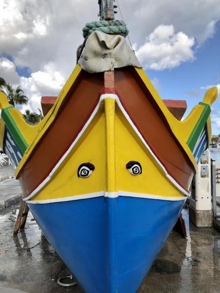 Фоторазказ: Лодките Луцу - запазената марка на Малта